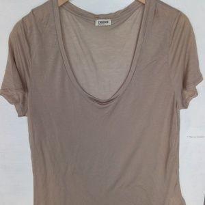 L'AGENCE Short Sleeve Basic Tan Camel Tee Shirt